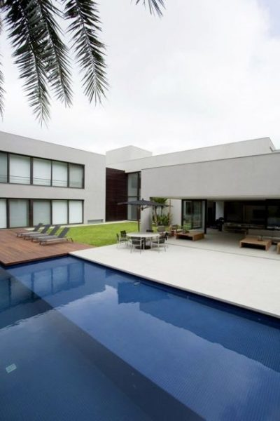 casa-com-piscina-15