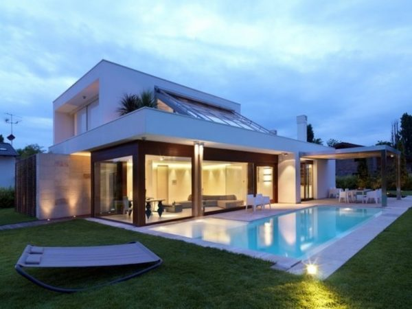 piscinas-de-casas-modernas-disenos-de-piscinas-lrg-cd60b0f6b191b922
